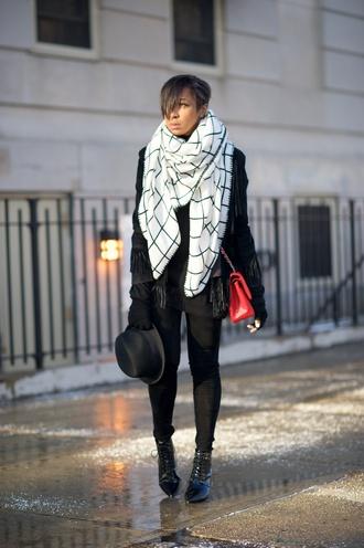 where did u get that blogger hat checkered blanket scarf black jacket