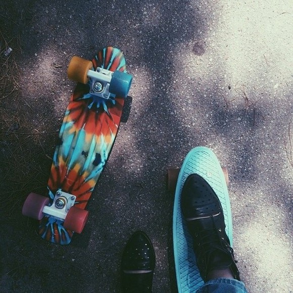 black shoes acacia clark boots skater penny board