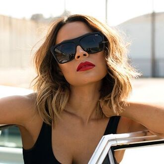 sunglasses quay black sunglasses red lipstick hairstyles desi perkins