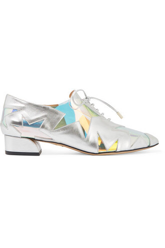metallic silver leather shoes