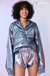 jacket,metallic,urban outfitters,windbreaker,iridescent,holographic windbreaker