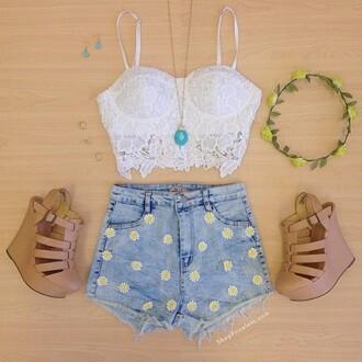shirt white crop tops shorts flowered shorts