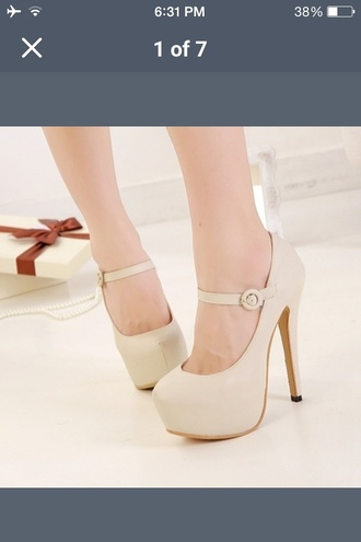 shoes apricot