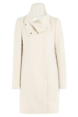 coat hair wool white