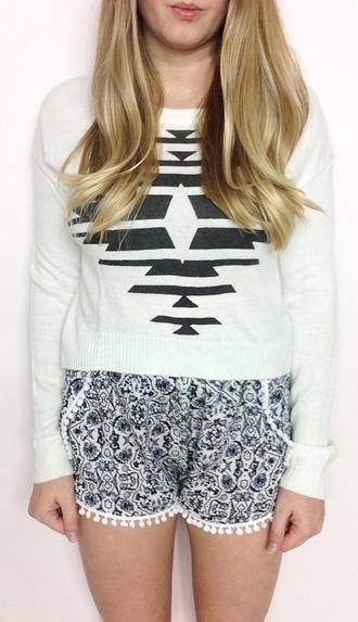 sweater tribal pattern white aztec shorts