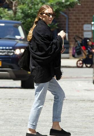 jeans ashley olsen denim boyfriend jeans flats scarf