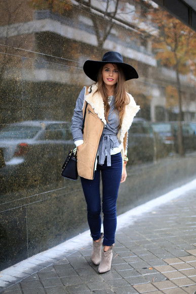 shoes jeans sweater jewels jacket shirt bag hat seams for a desire