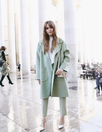 kayture pumps kristina bazan fashion week 2016 paris fashion week 2016 blogger streetstyle mint long coat white top pants white bag