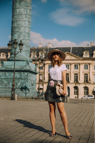 skirt hat tumblr mini skirt metallic metallic skirt sandals mid heel sandals t-shirt white t-shirt bag sun hat shoes jacquard skirt summer hat blogger slogan t-shirts blogger style