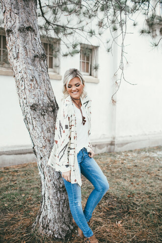wild one forever - fashion & style by kristin blogger cardigan jeans shoes jewels skinny jeans winter outfits