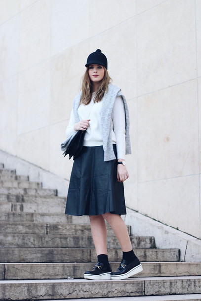 moderosa blogger sweater hat pom pom beanie midi skirt winter outfits creepers skirt shoes bag