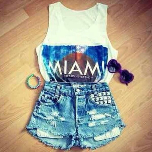 shorts tank top sunglasses t-shirt top t-shirt shirt miami miami gloves