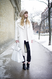 just another me,coat,sweater,jeans,shoes,hat,beautymanifesto