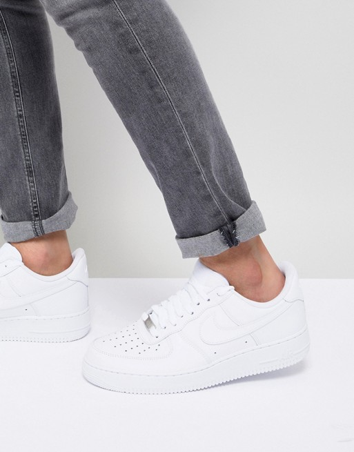 Nike Air Force 1 '07 trainers in white 315122-111 at asos.com