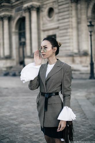 shirt glasses bell sleeve shirt grey blazer black belt blogger date outfit