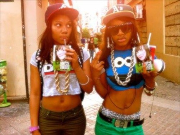 jewels cookie monster blue red white shirt crop tops chuncky chain chain gold chain gold shades snapback belt pants blouse