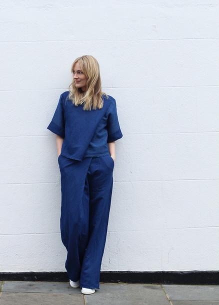 blame it on fashion blogger wide-leg pants blue pants blue top pants top shoes