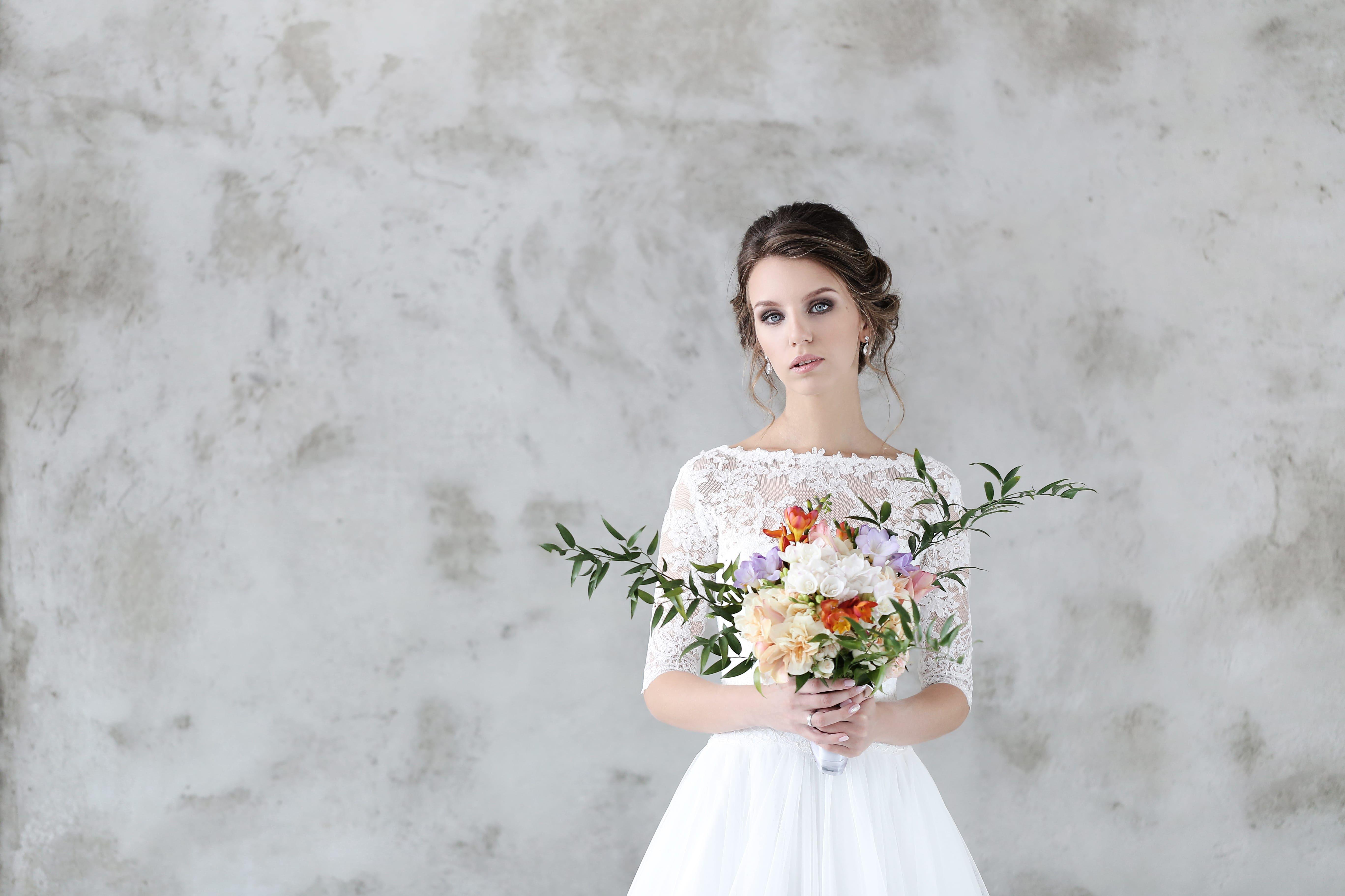 Wedding Dress Styles & Silhouette - Rustic Wedding Chic