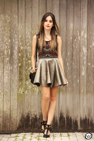 fashion coolture blogger top circle skirt gold aztec metallic skirt bag jewels shoes metallic skirt