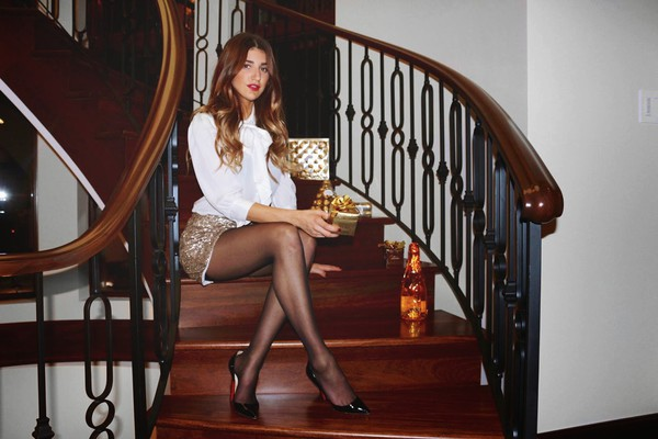 the boho flow blogger new year's eve Sequin shorts blouse top shorts shoes sequins white shirt pumps pointed toe pumps high heel pumps