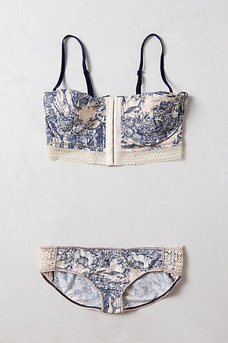 underwear bra undies lingerie asian design blue white bralette matching bra matching underwear swimwear flower print lingerie summer nice pretty hipster vintage corset bustier crop top print lingerie set cute blue and white