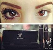 make-up,makeup bag,makeup brushes,eyelashes,mascara,beautiful,pretty