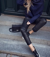 sweater,dark blue,dark blue sweater,winter outfits,fall outfits,winter style,fashion