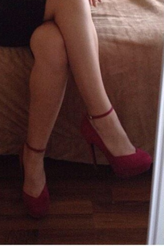 shoes red heels