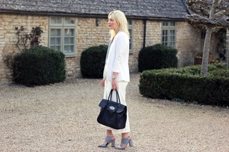 maisie ivy blogger grey shoes white jacket tailoring