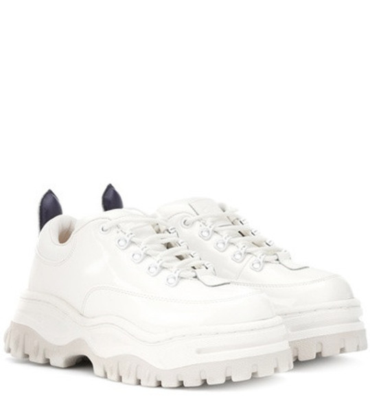 angel sneakers leather white shoes