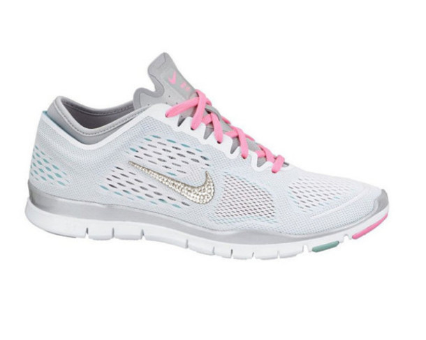 739c1cda8a8f shoes clothes nike nike running shoes nike free run nike free 5.0 nike  roshe run swarovski