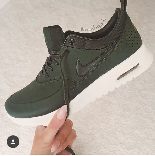 Air Max Thea Premium Leather