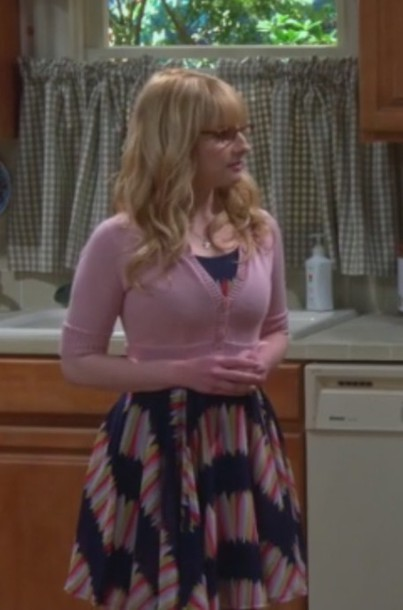 dress pink and blue bernadette rostenkowski melissa rauch pink cardigan
