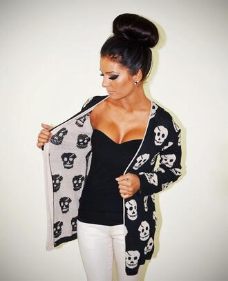 sweater black sweater skulls bun strapless make-up white shirt jacket skull black cardigan knitted cardigan cute pretty sexy sexy sweater grunge grunge model