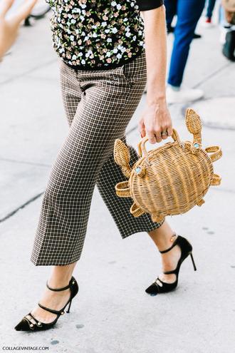 bag tumblr basket bag straw bag cropped pants pants checkered checkered pants pumps pointed toe pumps high heels black high heels black heels streetstyle