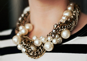 jewels,necklace,chunky,big,oversized,pearl,chain,gold,silver