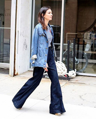 le fashion image blogger denim jacket flare jeans striped t-shirt