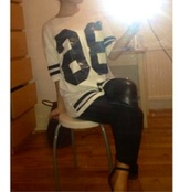 t-shirt,pants,jersey