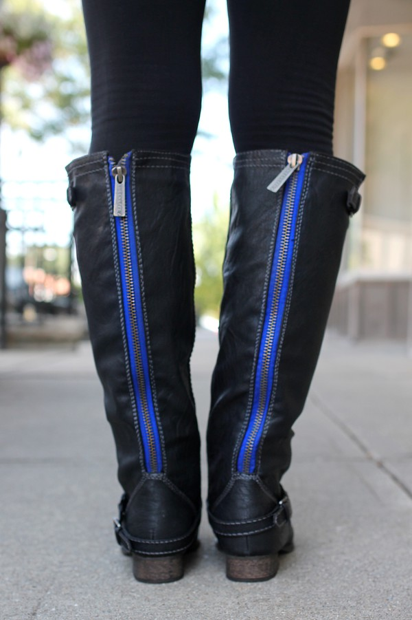 shoes riding boots black boots fall outfits lovely black stuff zip zipper closure royal blue zipper