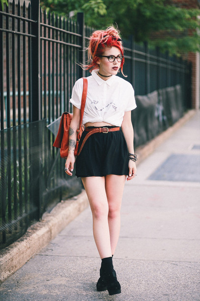 le happy blogger shirt shorts shoes