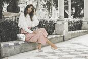 shoes and basics,blogger,blouse,pants,bag,shoes,white blouse,metallic bag,pumps,pink pants,spring outfits