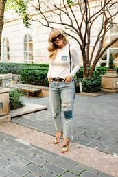 the courtney kerr,blogger,t-shirt,jeans,belt,shoes,bag,jewels,shoulder bag,sandals,spring outfits,gucci belt