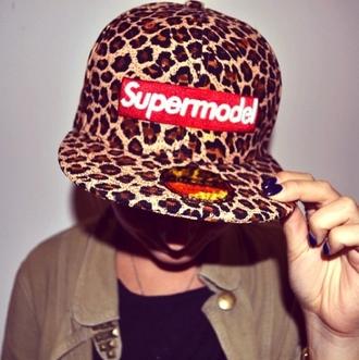 cap snapback leopard print supreme