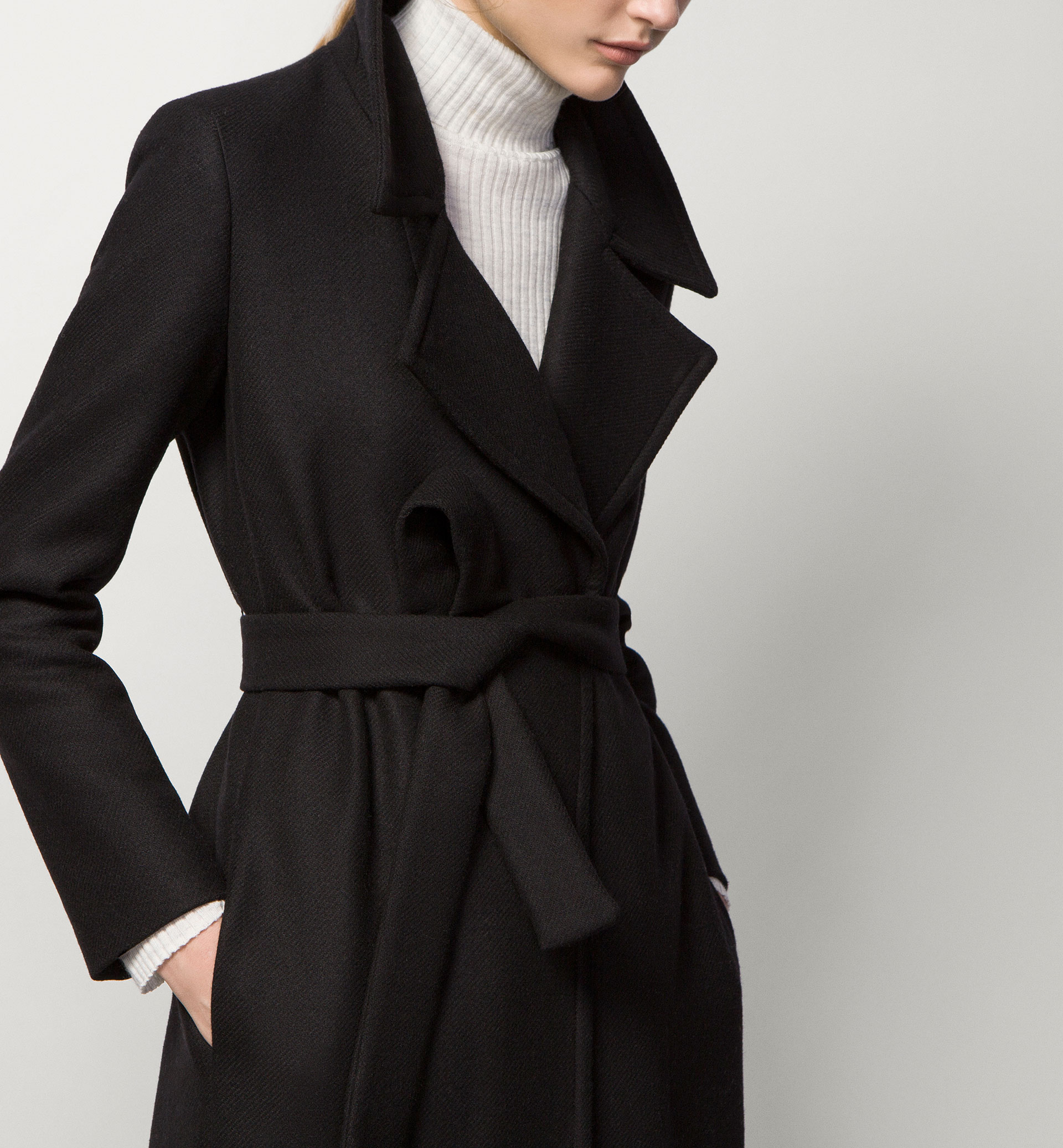 LONG BLACK COAT - Coats - WOMEN - United Kingdom - Massimo Dutti