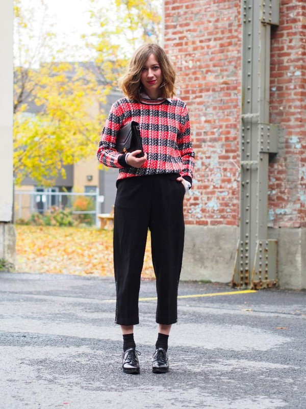 sweater loose knitted sweater red grid pants chanel shoes