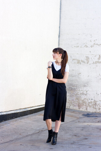 jeans and a teacup blogger dress shoes jeans bag tank top t-shirt jewels hat silk slip dress slip dress midi dress slit dress dress over t-shirt watch boots ankle boots pointed boots black boots summer black dress