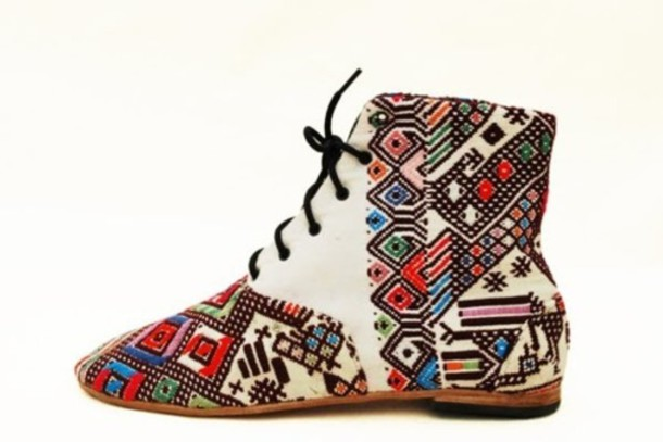 shoes white shoes boho indian patterned shoes lace shoes ankle boots white tumblr bohemian