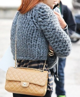sweater tumblr grey sweater chunky knit cropped sweater bag nude bag chanel chanel bag designer bag chain bag top stripes striped top heavy knit jumper quilted bag