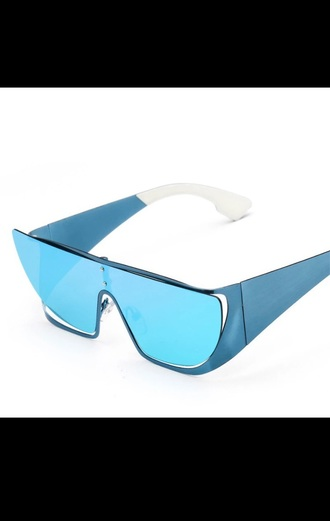 sunglasses trendy shades kim kardashian