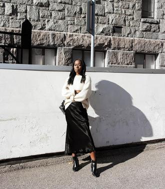 sylvie mus blogger skirt sweater